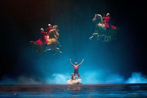 Cirque du Soleil ein völlig anderes Filmabenteuer für eure Date Night zu Hause